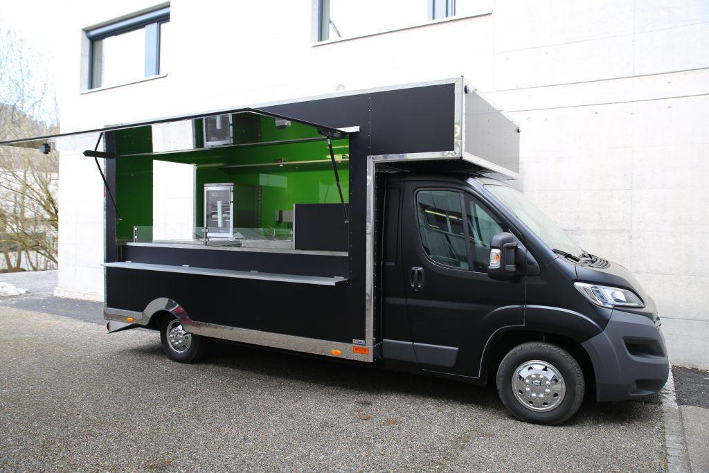 roka food truck anh nger fahrzeugbau wenk ag st gallen. Black Bedroom Furniture Sets. Home Design Ideas